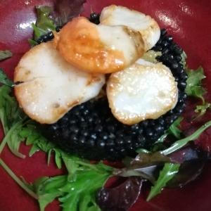 Faux caviar et Saint-Jacques au gingembre