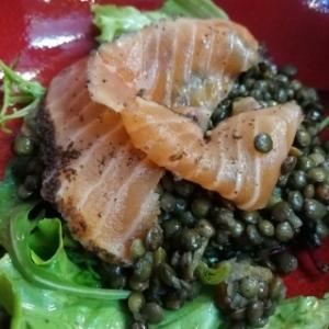 Salade de lentilles au saumon fumé gravlax